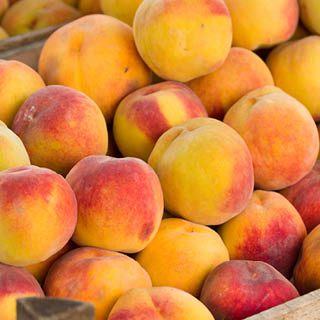 Freestone Yellow Peaches